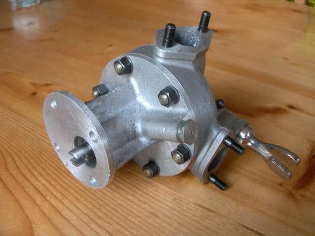 Alfa Romeo 6C 1750 water pumpe