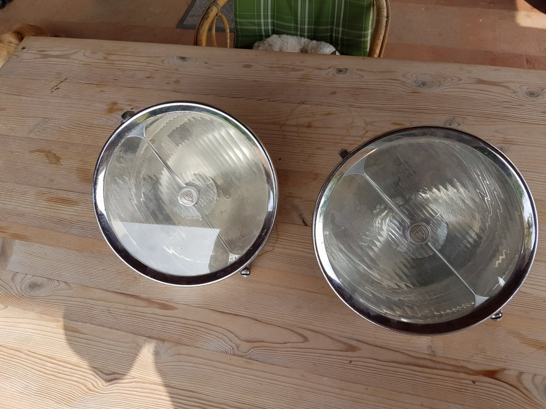 Marchal Trilux headlight front nos buckets used