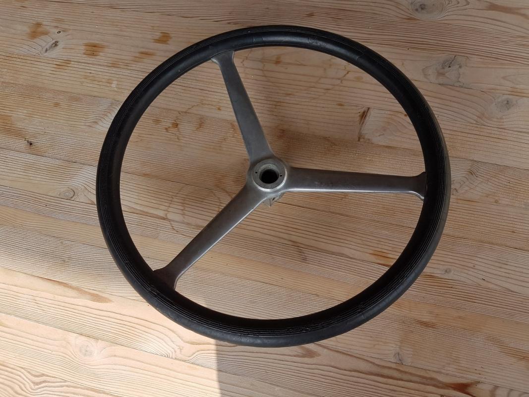 Steeringwheel prewar diameter 38 cm