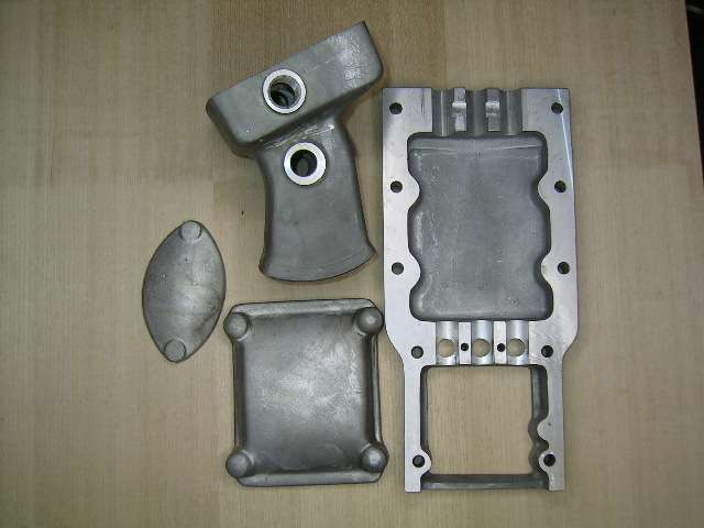 Gearbox parts and bottom cover